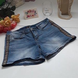 SEVEN7 Aztec embroidered design Jean shorts 8